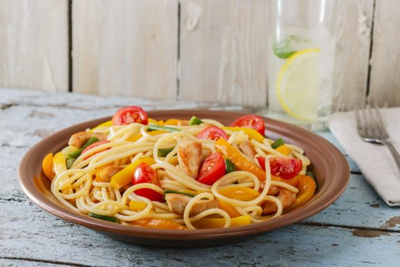 spaghetti with chicken fillet pepper and tomato